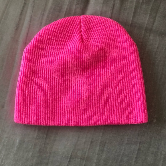 Cotton On Accessories - NWOT Cotton On Beanie